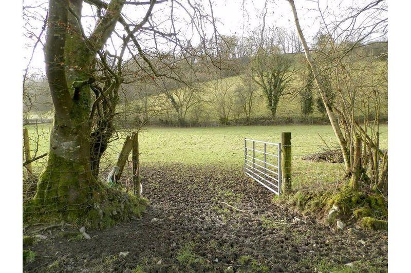 Entrance to Paddock 2