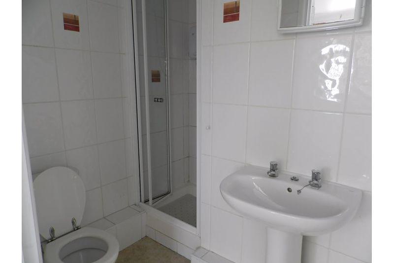 Bed 3 Ensuite Shower Room