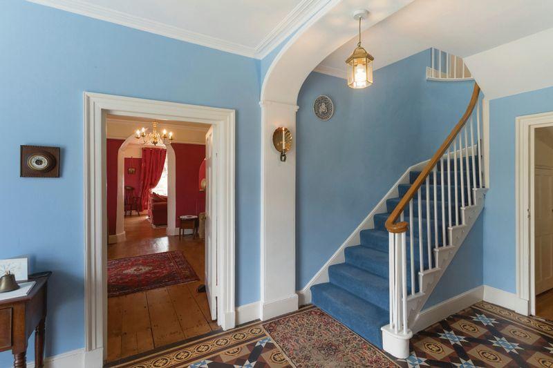 Glandwr Hallway