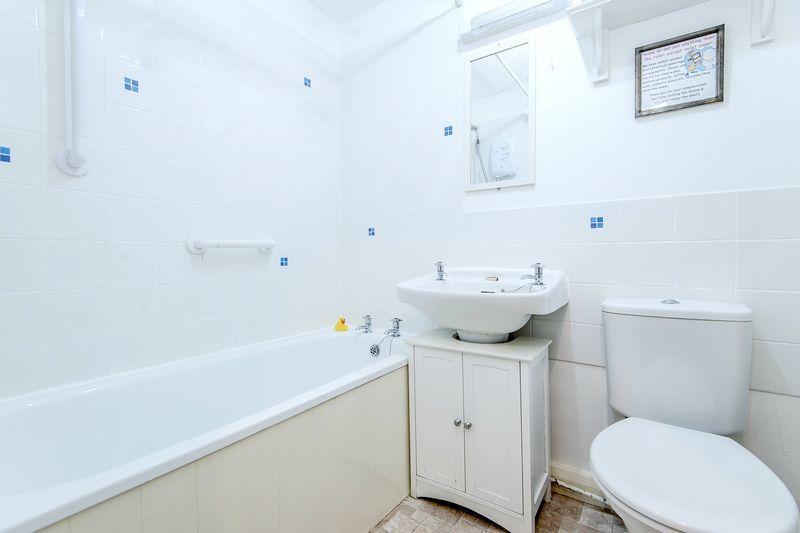 Spinners Bathroom