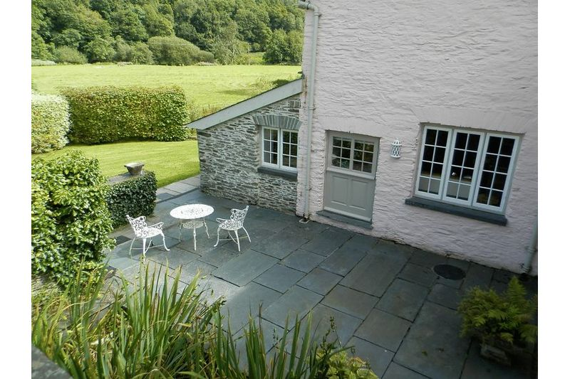 Cottage Patio Area