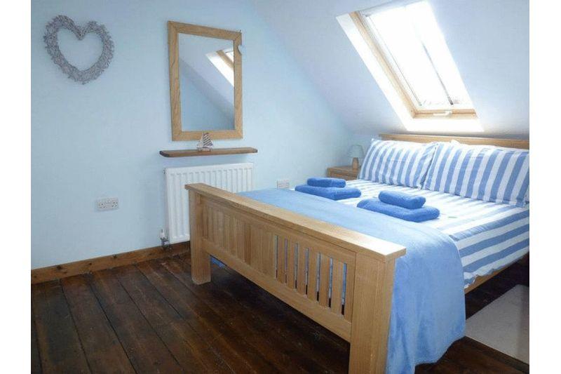 Rose Cottage - Bedroom 3