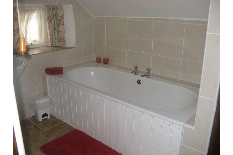 Holly - Bedroom 2