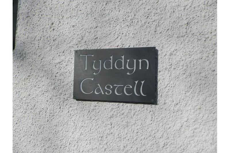 Tyddyn Castell