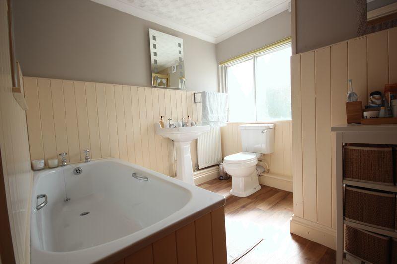 House Family Bathroom