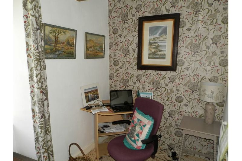 Bedroom 6/Study