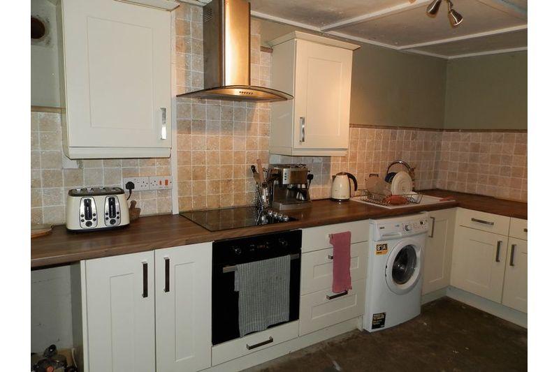 Frondeg Kitchen