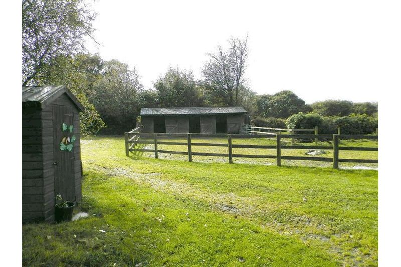 Stable Block and Yard