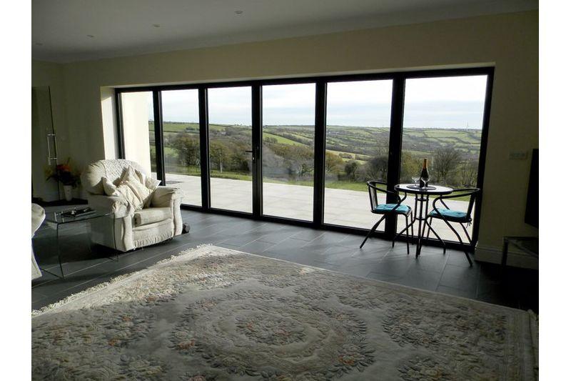 Bi Folding Lounge Doors